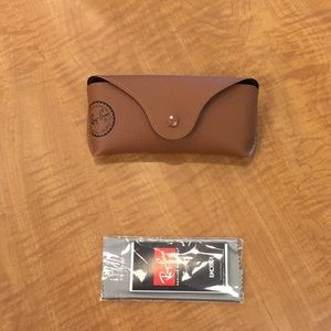 Faux leather Rayban aviator Case.